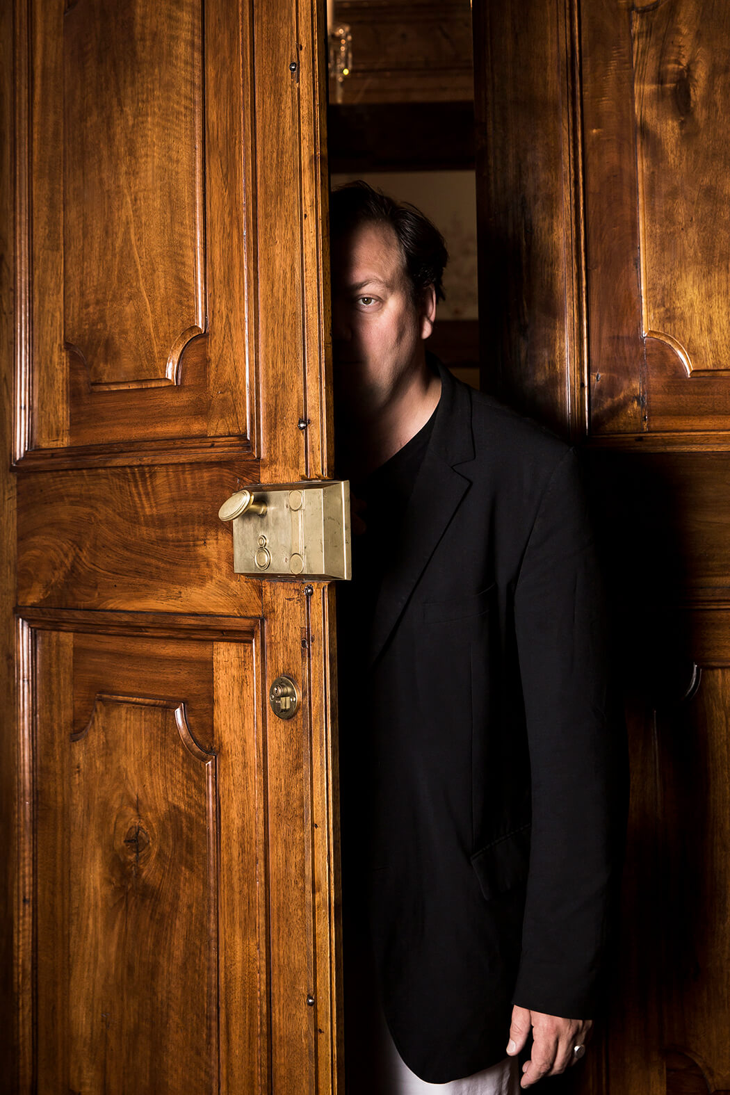 Portrait Charly Hübner für das DB Magazin